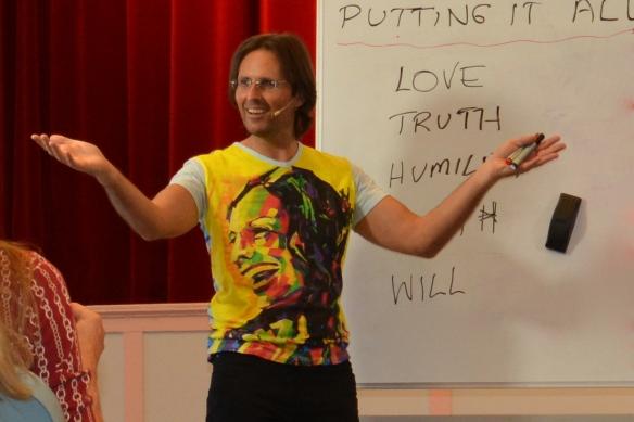 Jesus presenting a Seminar at Murgon Aug 2013
